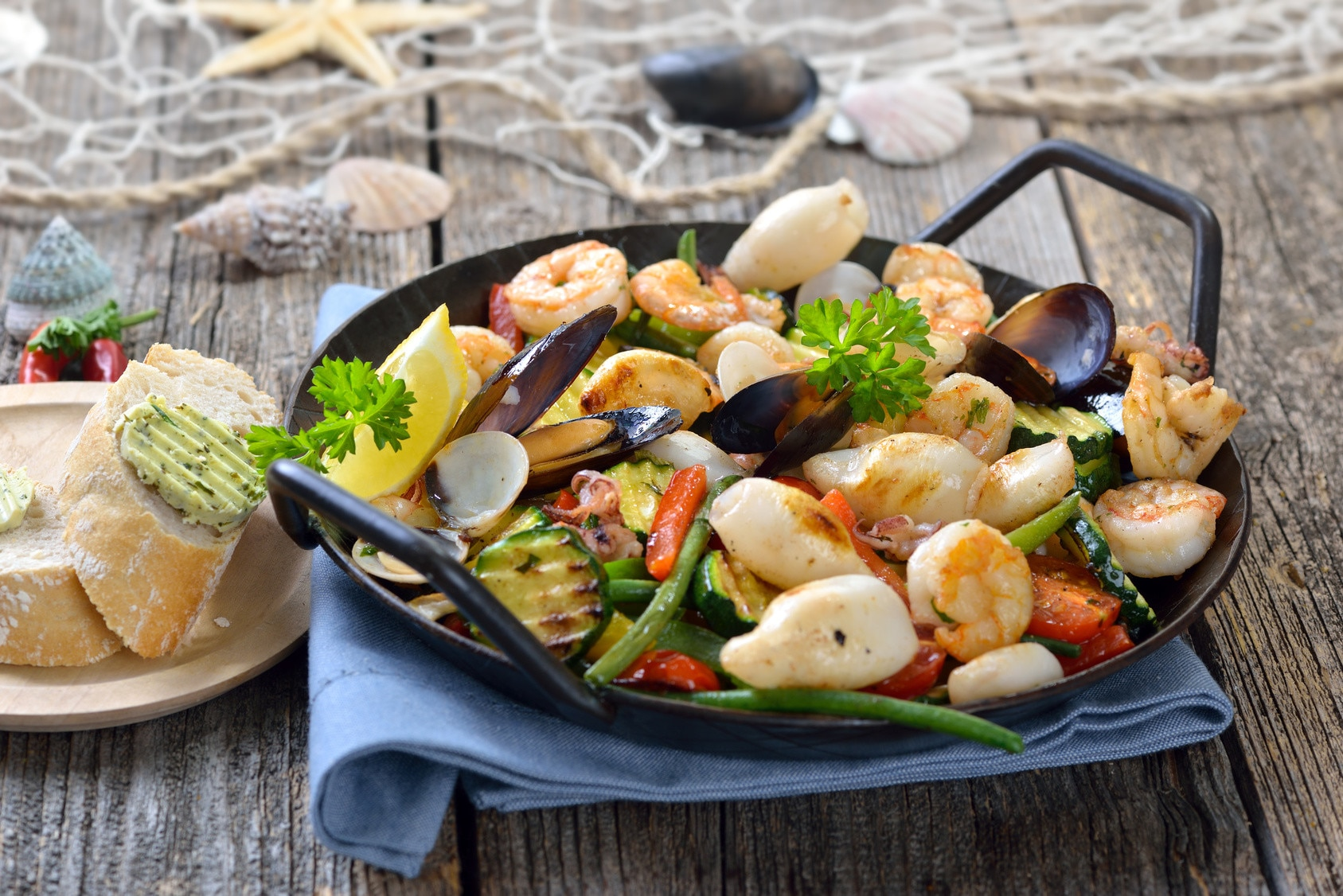 Potrawy Z Owocow Morza Z Czym I Jak Je Podawac Przepisy Pl