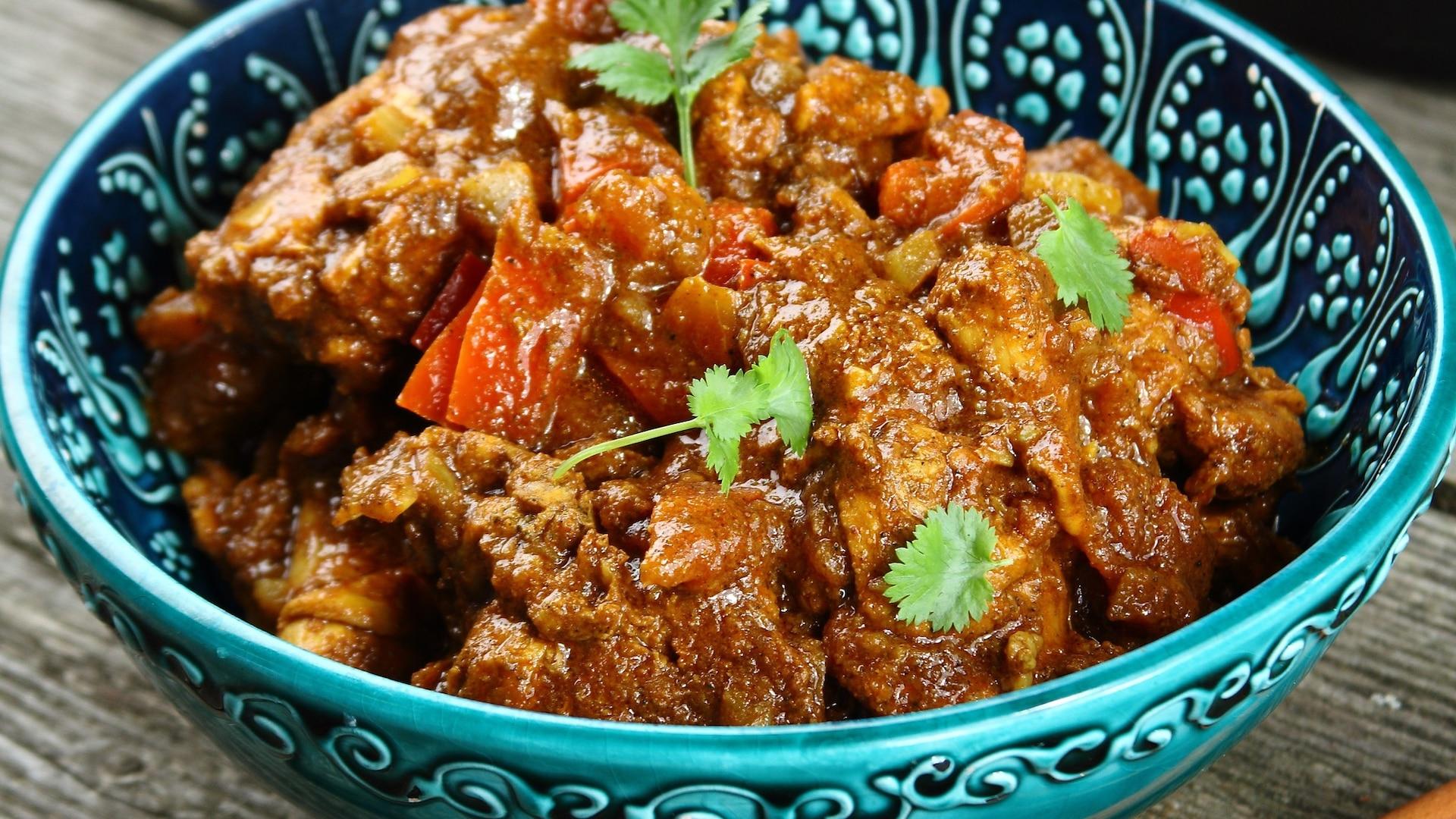 Kurczak W Delikatnym Sosie Curry Przepis Zobacz Na Przepisy Pl