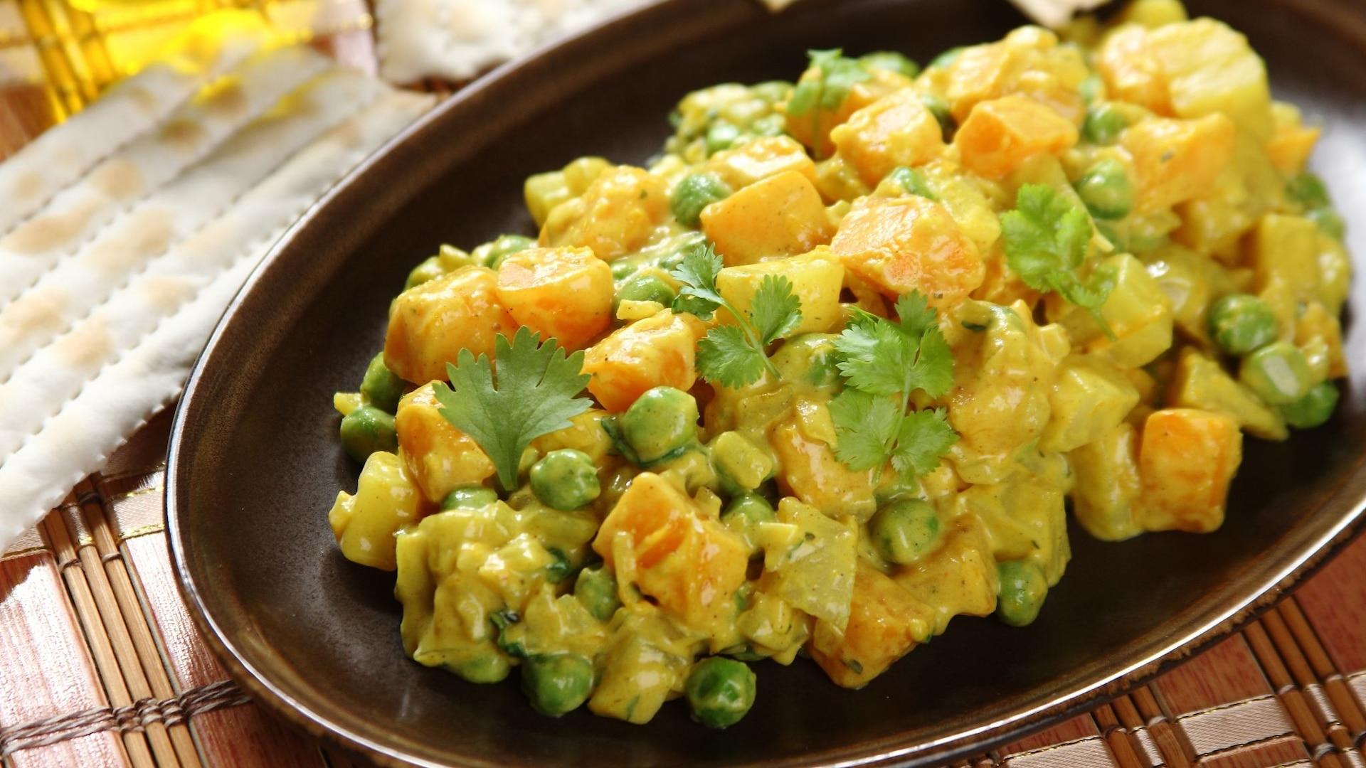 Salatka Z Dynia W Curry Przepis Zobacz Na Przepisy Pl