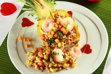 Egzotyczna sałatka z krewetkami