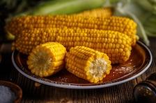 Gotowana kolba kukurydzy