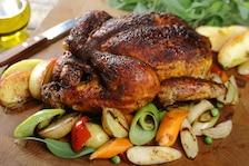 Pieczony kurczak z majerankiem i ostrą papryką