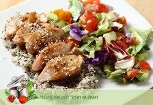 Piersi z kurczaka w glazurze z ryżem jaśminowym oraz sałatą