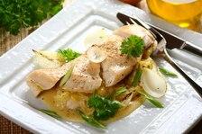 Piersi z kurczaka z serem i cebulą