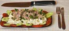 Sałatka z kapusty pekińskiej z tuńczykiem