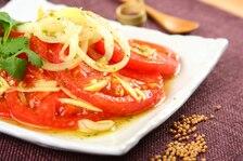 Sałatka z pomidorów po indyjsku