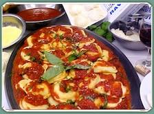Zakręcone serowe ravioli