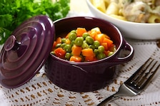 Zielony groszek z marchewką