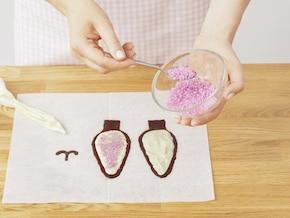 Wielkanocny tort królik z białą czekoladą – krok 10