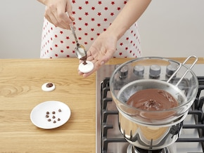Świąteczny tort czekoladowy Rudolf – krok 5