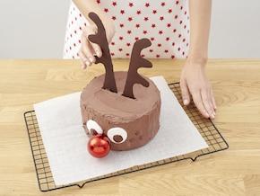 Świąteczny tort czekoladowy Rudolf – krok 10