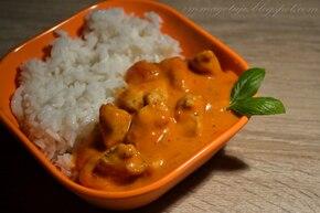 Curry z kurczaka z mleczkiem kokosowym