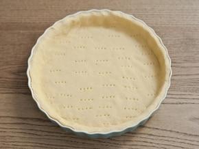 Kruche ciasto z masą orzechową – krok 3