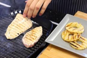 Kanapka z piersią z kurczaka i ananasem – krok 3