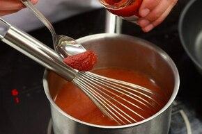 Aromatyczna zupa pomidorowa – krok 1