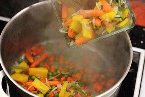 Aromatyczny kuskus z warzywami na ostro – krok 4