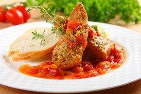 Tuńczyk z pomidorami