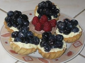 Babeczki owocowe z frużeliną