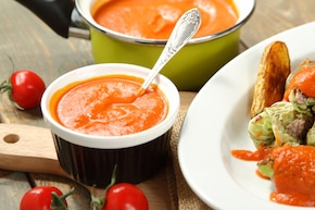Sos pomidorowy w stylu bliskowschodnim