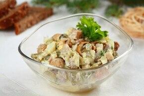 Błyskawiczne śledzie po szlachecku w majonezie - VIDEO