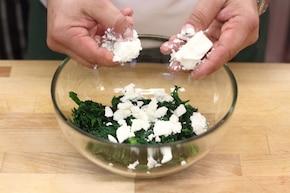 Cannelloni ze szpinakiem i serem feta – krok 1