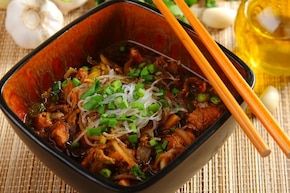 Chińska zupa z kurczakiem