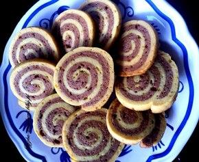 Ciasteczka zawijane miodowo-czekoladowe