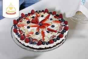 Tort z masą śmietanową