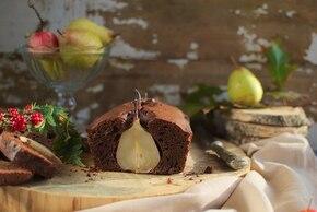 Ciasto czekoladowe z gruszkową niespodzianką