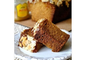 Ciasto miodowe z migdałami - przepis