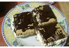 Ciasto serowe z herbatnikami