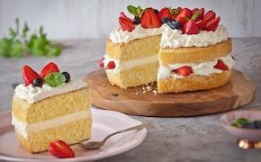 Ciasto z białą czekoladą i truskawkami - VIDEO