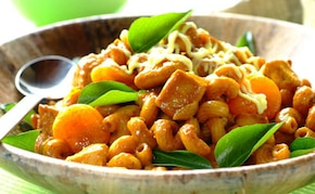 Curry z kurczaka z morelami