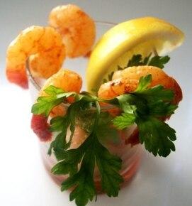 Czosnkowe krewetki z sosem chili
