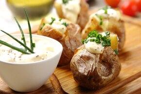 Czosnkowy dip do pieczonych ziemniaków
