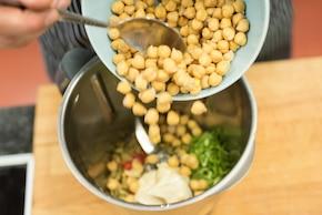 Rozbef z grilla z frytkami z batatów i dipem z habanero – krok 7
