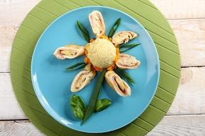 Drobiowe roladki z szynką, ananasem i serem