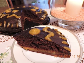 Ciasto czekoladowe z dżemem dyniowo-jabłkowym