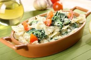 Makaron z serem i szpinakiem
