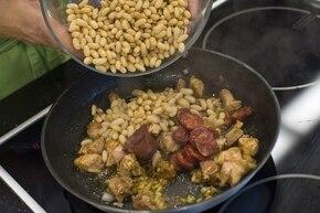 Fasola z wieprzowiną po hiszpańsku – krok 3