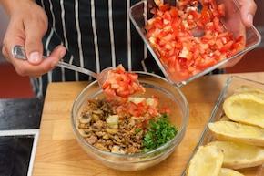 Faszerowane ziemniaki z mięsem mielonym  – krok 2
