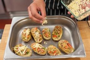 Faszerowane ziemniaki z mięsem mielonym  – krok 5