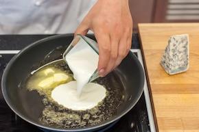 Gnocchi z gorgonzolą – krok 2