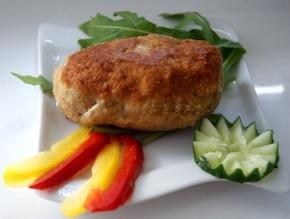 Gotowany kurczak panierowany na czosnkowo
