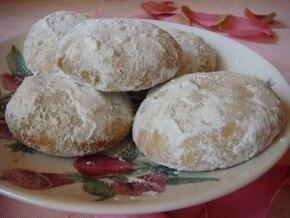 Greckie ciasteczka migdałowe