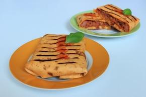 Grillowana tortilla z mięsem mielonym