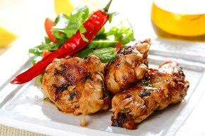 Grillowane udka z kurczaka z chili i kolendrą