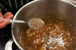 Gulasz wołowy z kaszą gryczaną  – krok 4