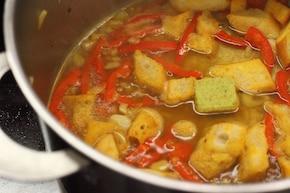 Hiszpańska zupa czosnkowa z grzankami – krok 3