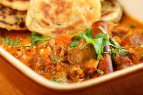 Jagnięcina w sosie Curry – Madras